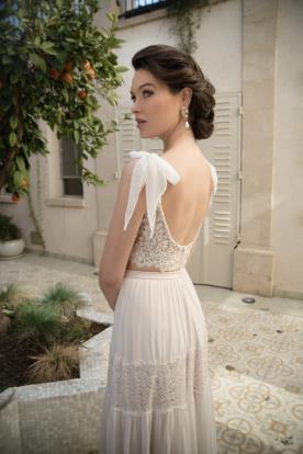 שמלת כלה עם כתפיות קשר