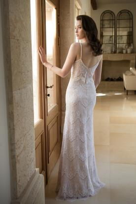 שמלת כלה עם תחרה גלית