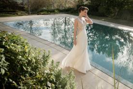 שמלת כלה עם כתפיות ותחרה
