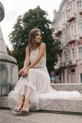 שמלות להשכרה