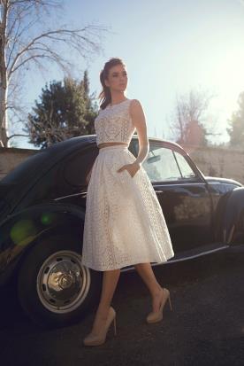 שמלת כלה שני חלקים חצאית קפלים