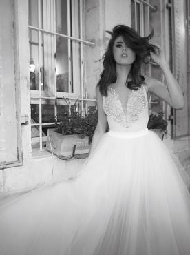 שמלת כלה תחרה בצורת פרפר
