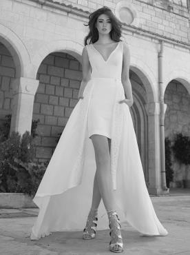 שמלת כלה מיני עם שובל תחרה