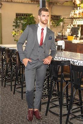 חליפת חתן: וסט, חליפת שלושה חלקים, חליפה בגזרה ישרה, חליפה בדוגמה חלקה, חליפה בצבע אפור - ESPANOL אספניול אופנה וחתנים