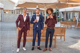 חליפת חתן: חולצה, חליפה בצבע בורדו, מכנסיים, חליפה בגזרה ישרה, חליפה בדוגמה חלקה, חליפה בצבע כחול - ESPANOL אספניול אופנה וחתנים