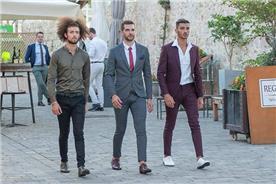 חליפת חתן: חליפה בצבע בורדו, חליפת שני חלקים, חליפת שלושה חלקים, מכנסיים, חליפה בגזרה ישרה, חליפה בדוגמה חלקה, חליפה בצבע אפור - ESPANOL אספניול אופנה וחתנים