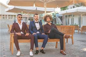חליפת חתן: חולצה, חליפה בצבע בורדו, חליפת שני חלקים, חליפת שלושה חלקים, מכנסיים, חליפה בגזרה ישרה, חליפה בדוגמה חלקה, חליפה בצבע כחול - ESPANOL אספניול אופנה וחתנים