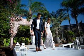 חליפת חתן: חליפת שלושה חלקים, חליפה בגזרה ישרה, חליפה בדוגמה חלקה, חליפה בצבע כחול - ESPANOL אספניול אופנה וחתנים