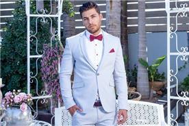 חליפת חתן: חליפה בצבע תכלת, חליפת שלושה חלקים, חליפה בגזרה ישרה, חליפה בדוגמה חלקה - ESPANOL אספניול אופנה וחתנים