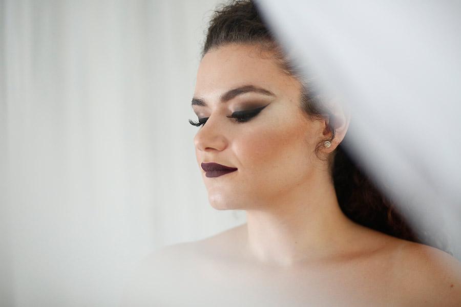איפור מעושן דרמטי לעור בהיר