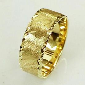 טבעת נישואין ריקועים נוצצים