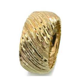 טבעת נישואין פסים אלכסוניים