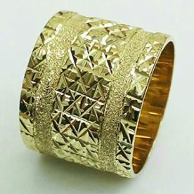 טבעת נישואין עם שני פסים