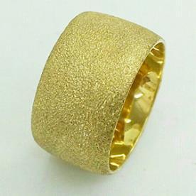 טבעת נישואין ריקועי נקודות