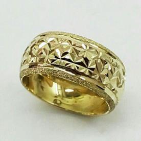 טבעת נישואין גיאומטרית עגולה