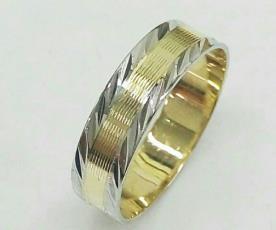 טבעת נישואין לגבר שני צבעים