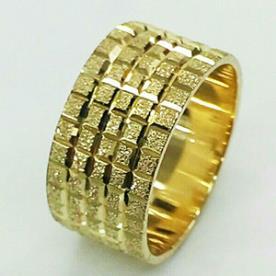 טבעת נישואין ריבועים זהב צהוב