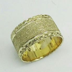 טבעת נישואין רחבה שטוחה