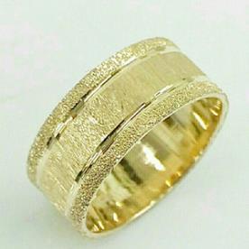 טבעת נישואין חריטות עדינות