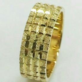 טבעת נישואין זהב צהוב ריבועים
