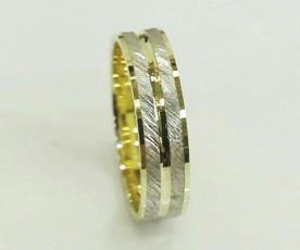 טבעת נישואין לגבר זהב צהוב ולבן
