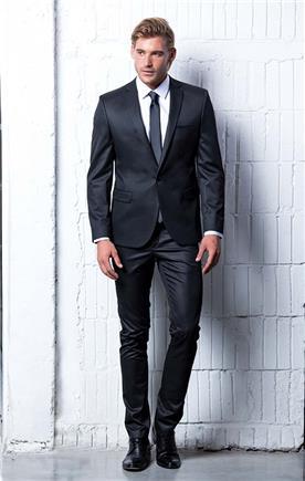 חליפה סקיני שחורה