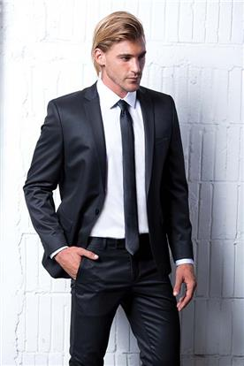 חליפה שחורה