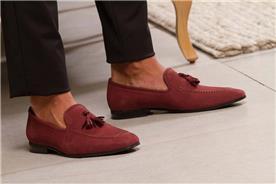 נעליים לגברים בצבע בורדו