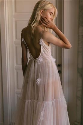 שמלה כלה בסגנון רומנטי