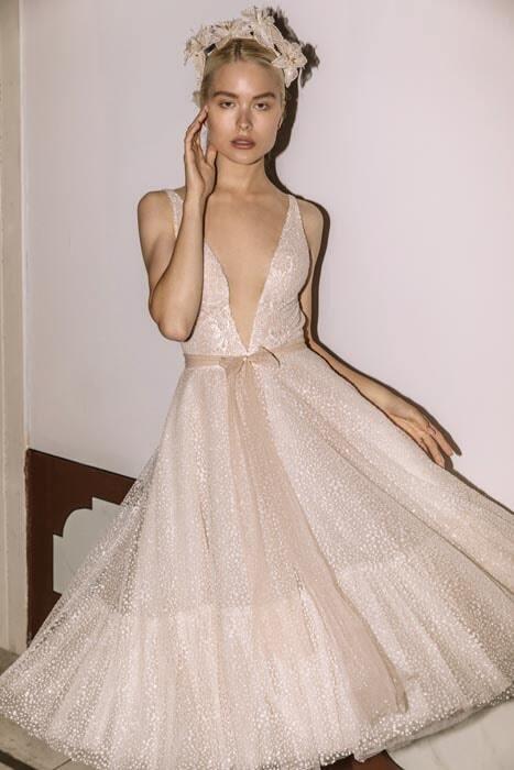 שמלה כלה בסגנון עדין