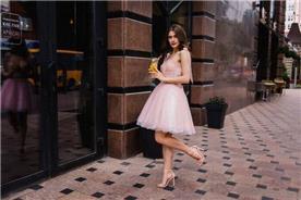 שמלת כתפיות עבות