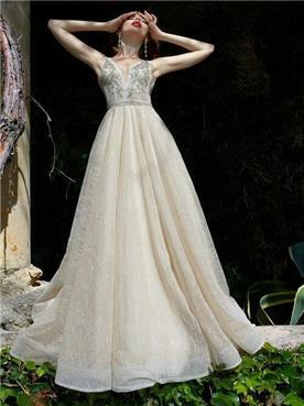 שמלה עם פפיון