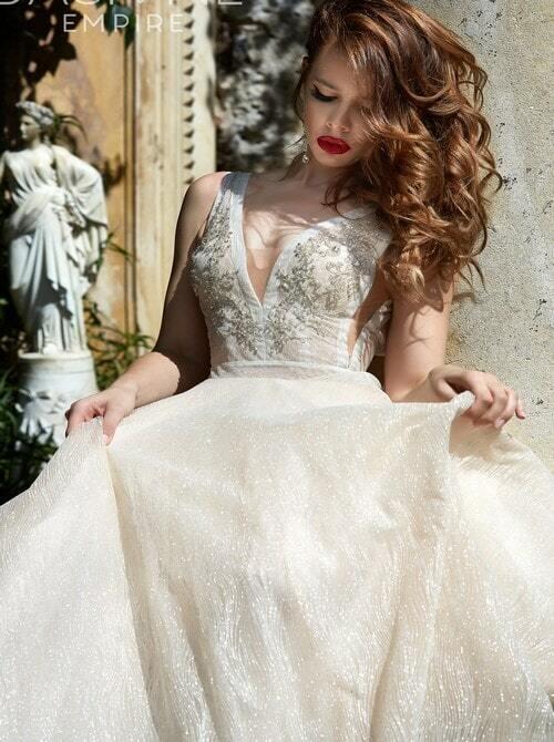 שמלת ערב עם צווארון ולר