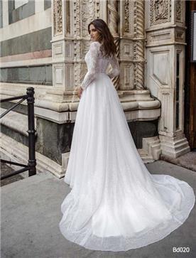 שמלת כלה: קולקציית 2019, שמלה בסגנון צנוע, שמלה עם תחרה, שמלה עם שובל, שמלה עם שרוולים, שמלה בצבע לבן - A&G Wedding Dresses