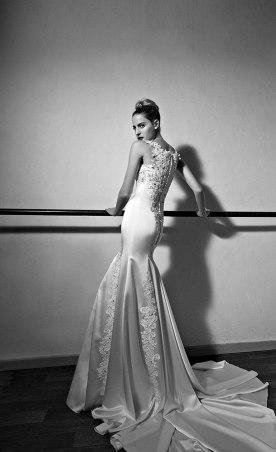 שמלת כלה בשילוב אבני סברובסקיק