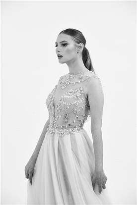 שמלת כלה ללא שרוולים