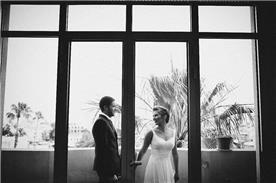 שמלת כלה: שמלה עם כתפיות עבות, שמלה בסגנון קלאסי, שמלה עם תחרה, שמלה בצבע לבן - אור טוהר שמלות כלה וערב
