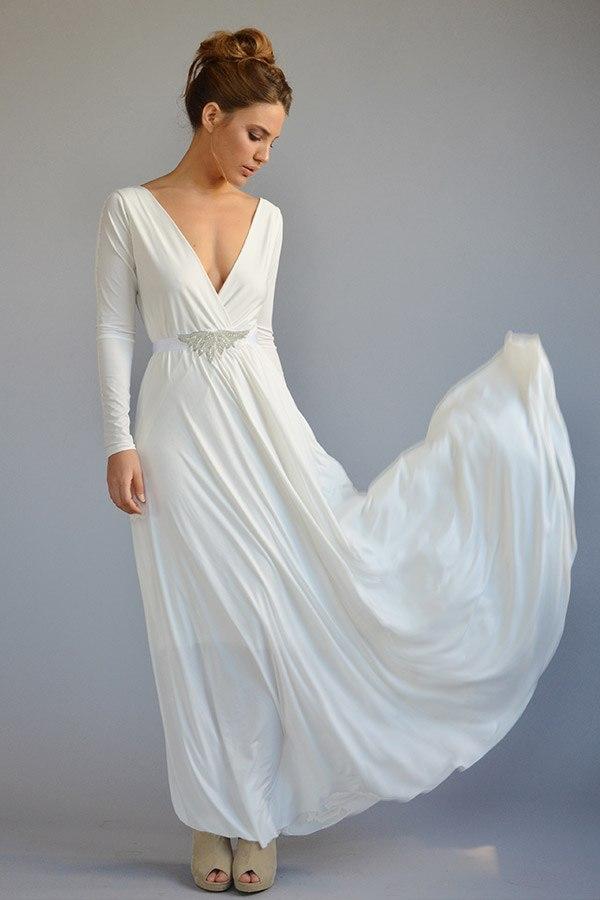 שמלות ברזלי - שמלות כלה עם שובל