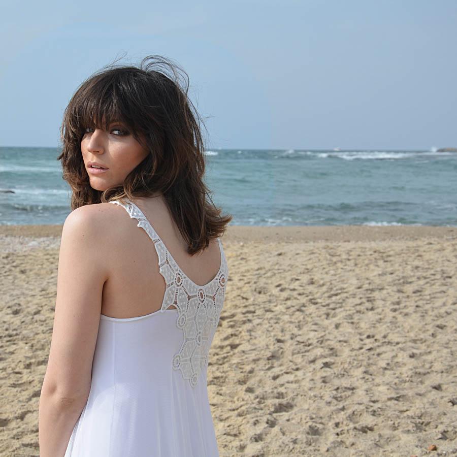 שמלת כלה: שמלה בסגנון קלאסי, שמלה בצבע לבן - אורית ברזלי שמלות כלה