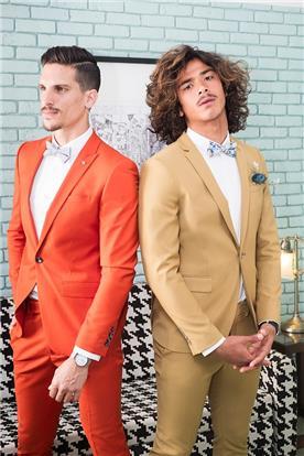 חליפות לבני נוער