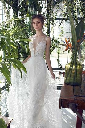 שמלת כלה איכותית עם מחשוף
