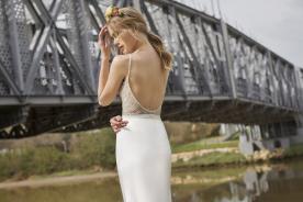 שמלת כלה הוליוודית עם גב פתוח