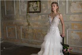 שמלת כלה בגימור מושלם נשפכת