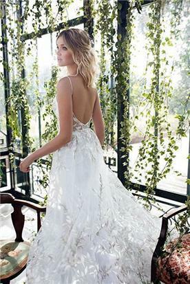 שמלות כלה יוקרתיות קלילה