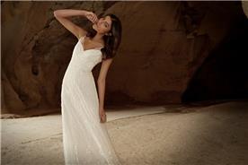 שמלות אלגנטיות בעיצובה של לימור רוזן