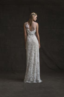 שמלת כלה קלאסית בגוון קרם