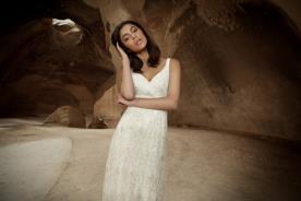 שמלת כלה עם תחרה ופייטים