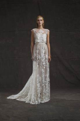 שמלת כלה למראה רך בסגנון עדין