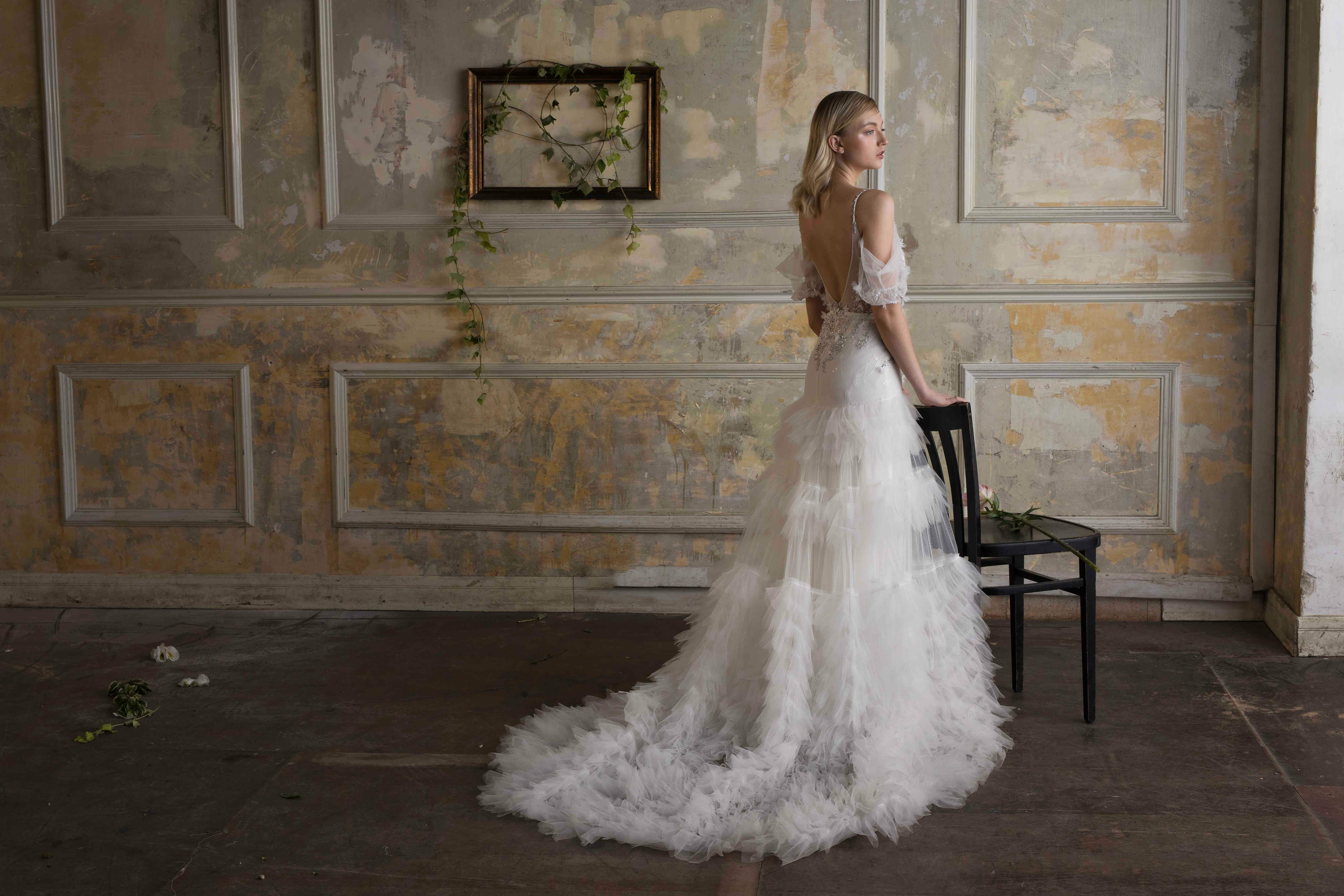 שמלת כלה בגימור מושלם גב פתוח