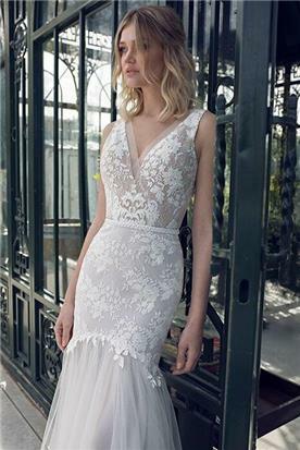 שמלת כלה בעיצוב מיוחד עדין